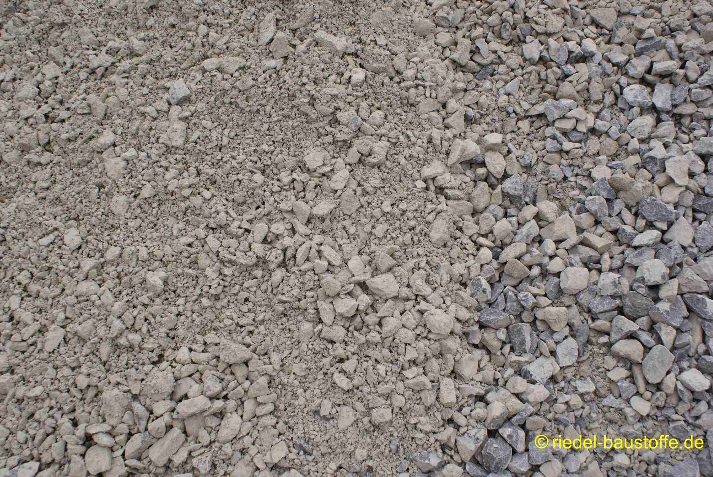 Bekannt Mineralgemisch 0/45 VE21
